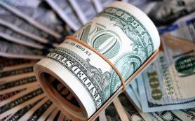 Названа стоимость доллара и евро к концу года