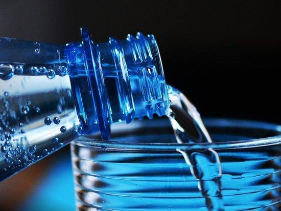 Кто заправляет на рынке воды?