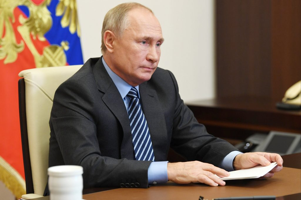Путин подписал закон о повышении НДФЛ на доходы свыше 5 миллионов