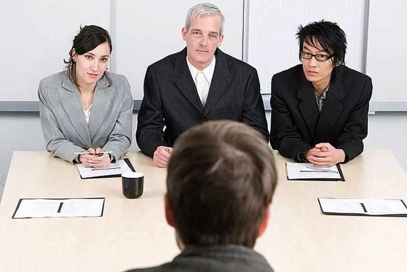 Какие вопросы задать при приеме на работу?