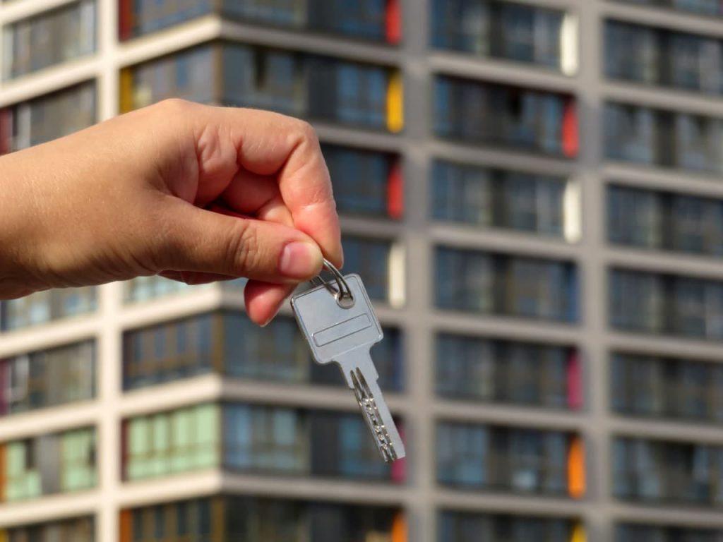 Мутко предложил ввести особый статус для апартаментов