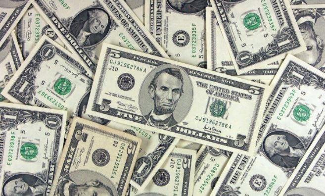 Раскрыта оптимальная стратегия закупки валюты в начале 2021 года