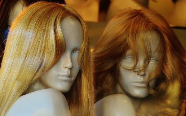 Плюсы искусственных париков из канекалона