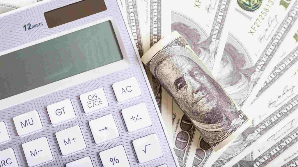 Внешнеторговый дефицит США с Россией в 2020 году упал на 27,4%