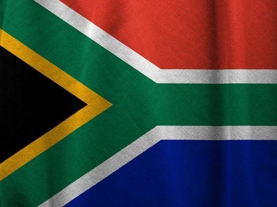 Бывшего президента ЮАР Джейкоба Зуму приговорили к 15 месяцам тюрьмы