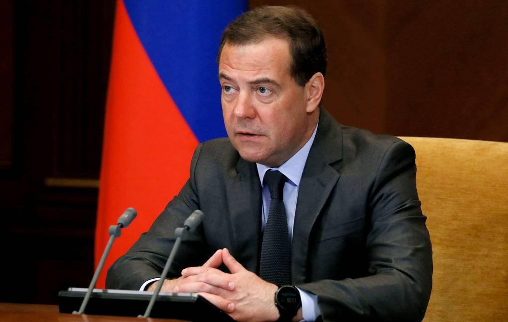 Медведев предупредил о рисках для экономики России из-за углеродного налога ЕС