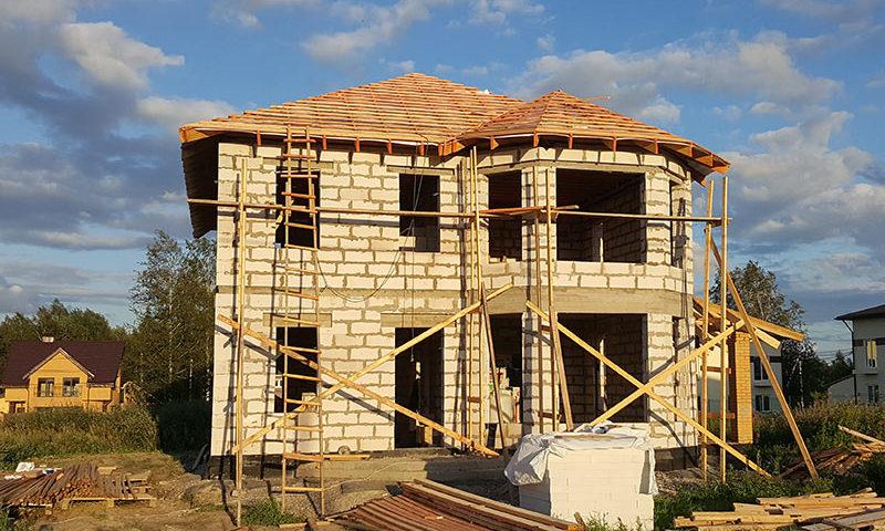 Какие специалисты нужны для строительства дома