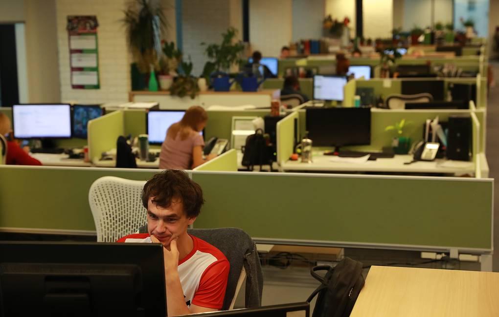 Исследование: каждому четвертому россиянину повысили зарплату в 2021 году